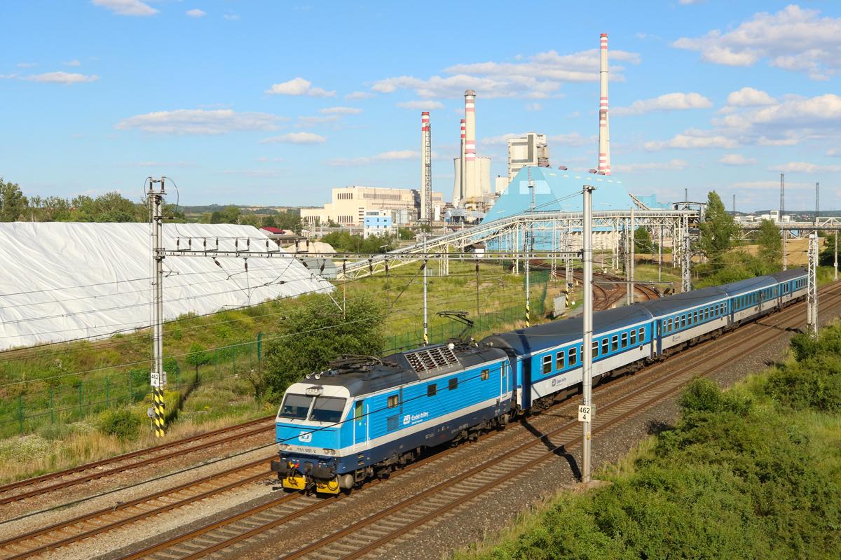 Lokomotiva 151.007 - foto 957