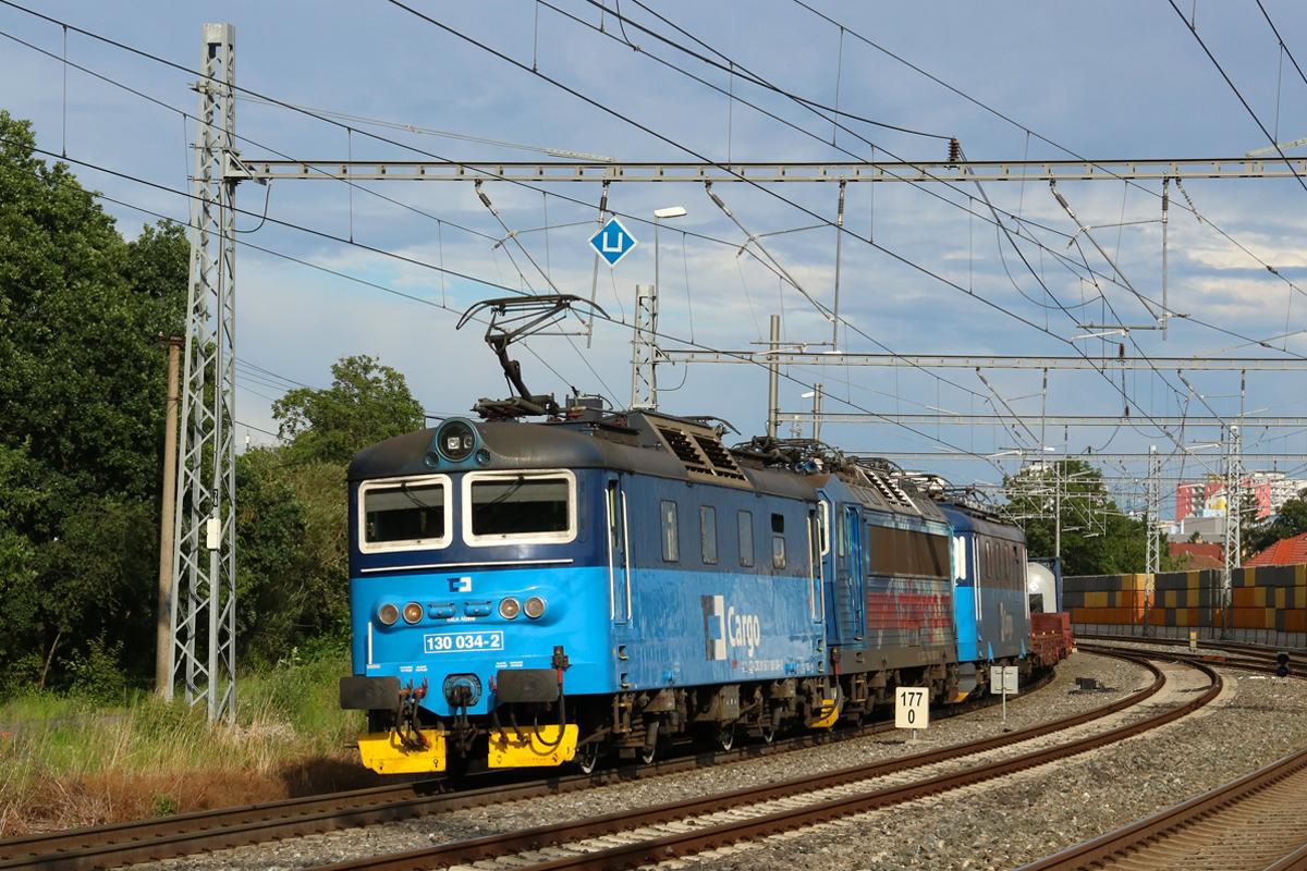 Lokomotiva 130.034 - foto 959